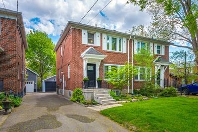 Leaside Semi-detached for sale:  3 bedroom 1,695 sq.ft. (Listed 2019-05-27)